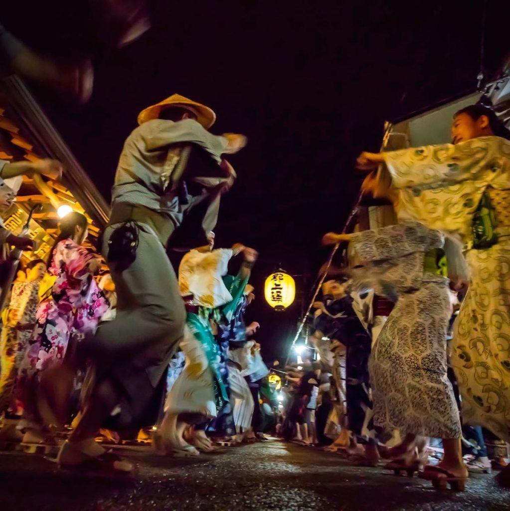 「郡上踊り 徹夜踊り」参加してこそ分かる熱気|観光経済新聞