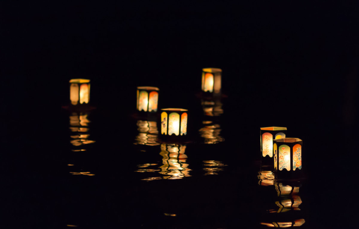 """""""灯籠""""と""""七夕""""の意外な関係?各地の灯籠の関係したお祭りもご紹介!"""