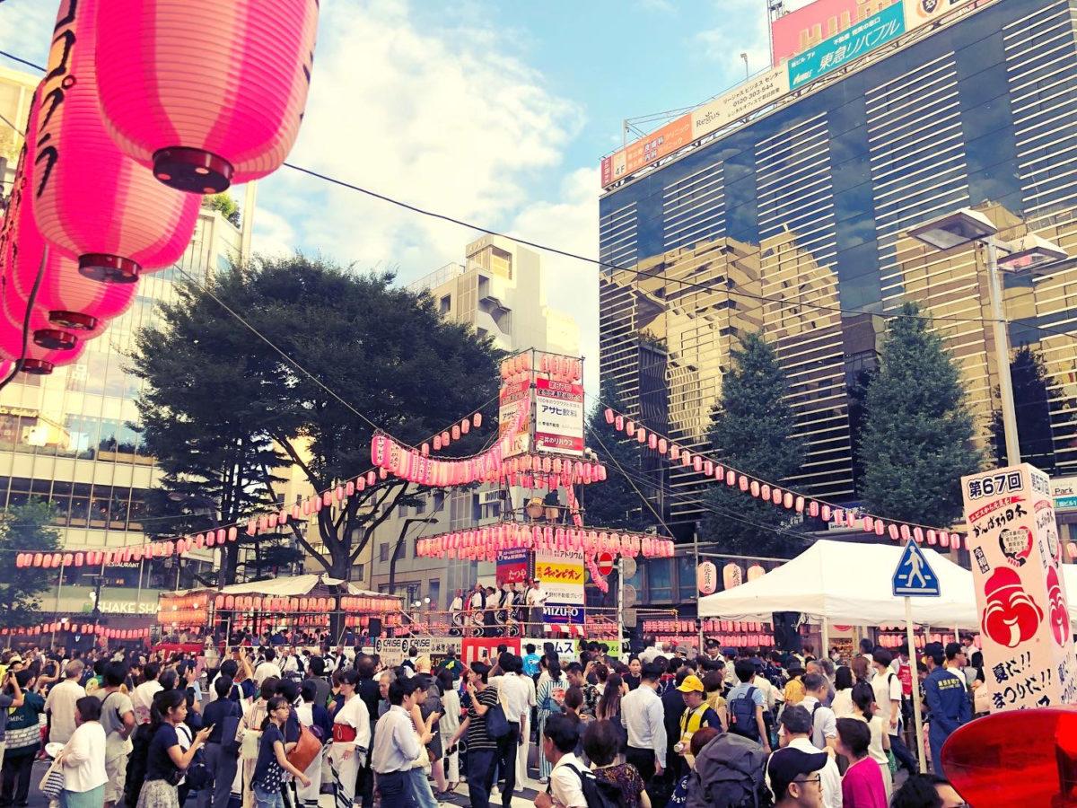 恵比寿駅前が踊り場!西口ロータリーが会場となる