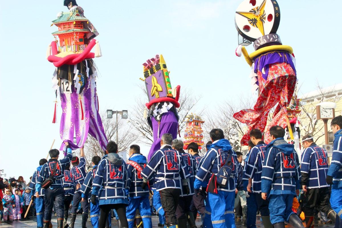 「横手の雪まつり かまくら・ぼんでん」春を告ぐ、動くと静のお祭り|観光経済新聞