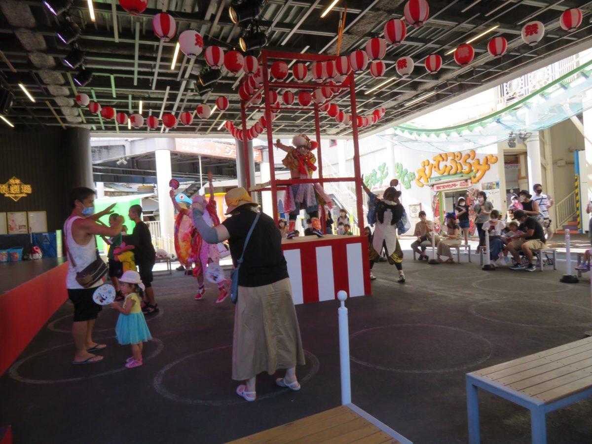 【花やしき夏祭り】歴史ムード漂う浅草の盆踊りでソーシャルthisダンス
