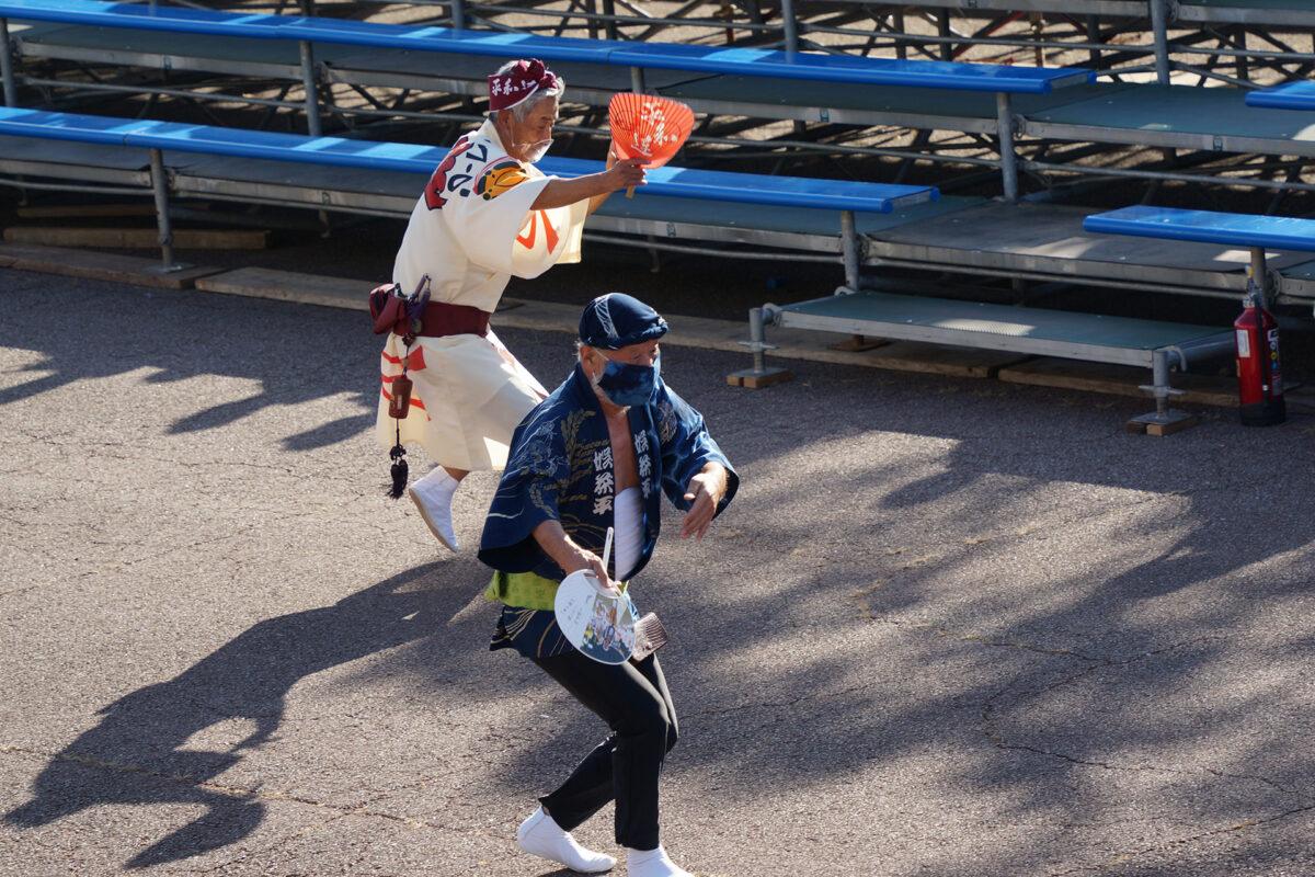 徳島県阿波踊り協会の連長による流し踊り