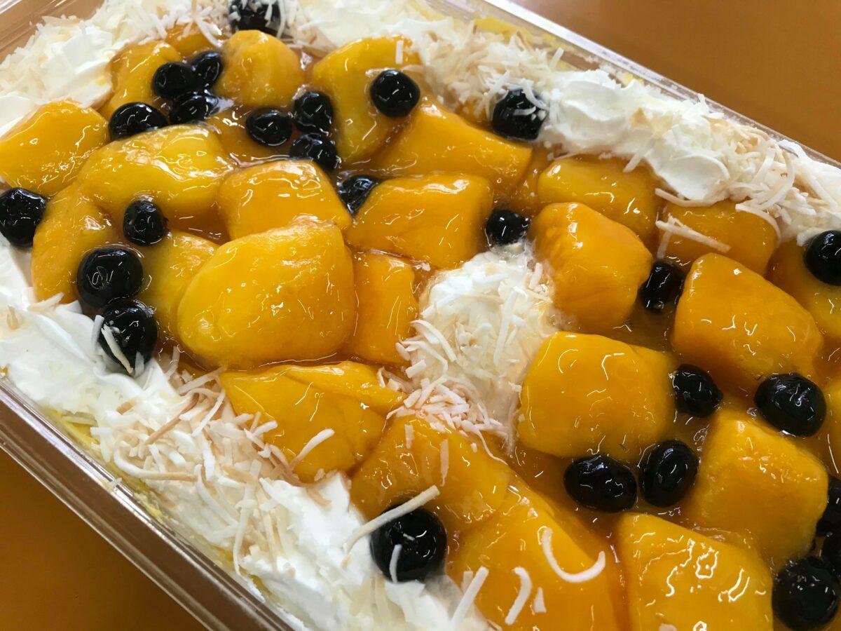 コストコ新商品のマンゴームーススコップケーキを実食!この重量でこの価格?