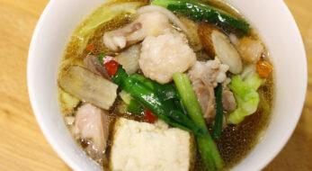 博多名物の「もつ鍋」をお家で作ってみよう!締めのちゃんぽん発祥の店の味