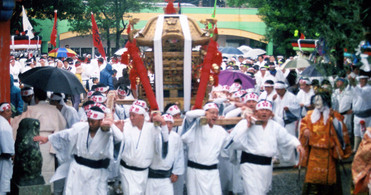 【2020年開催中止】尾末神社大祭