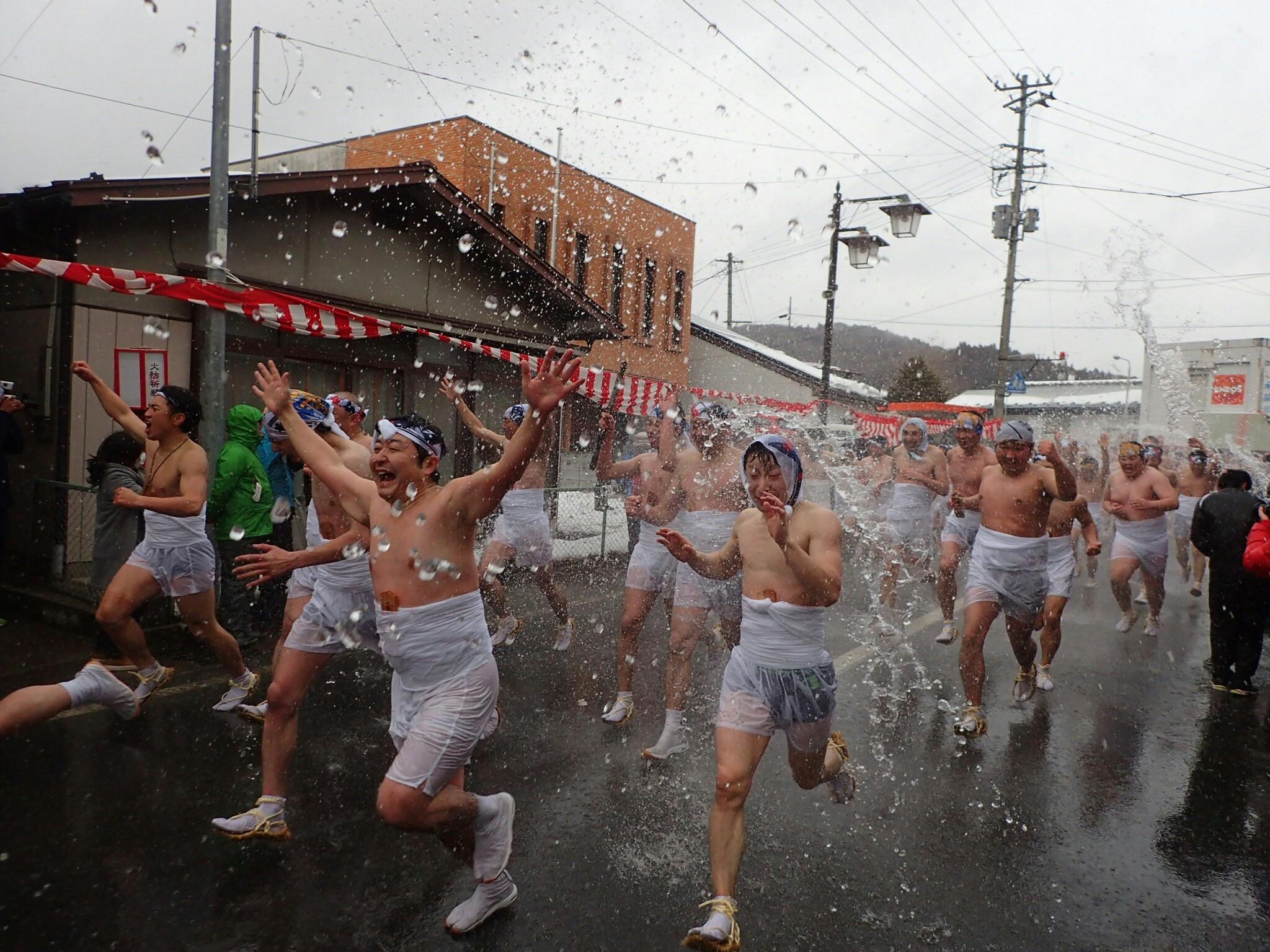 大東大原水かけ祭り【2021年メインの裸男への水かけなど来年の祭りの大半を中止】