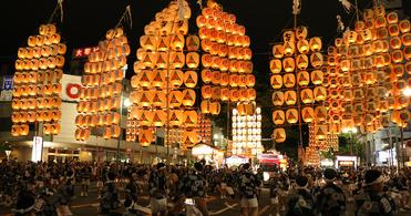 【2021年開催中止】秋田竿燈まつり