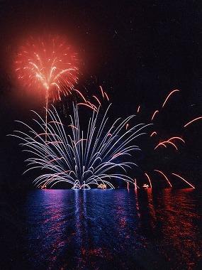 第56回十和田湖湖水まつり【2021年8月スカイランタンに「願いを込めて」開催※要HP確認】