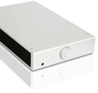 Aurender X725 USB DAC and AMP