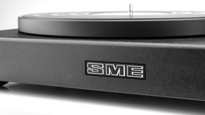 SME Model 6 front logo