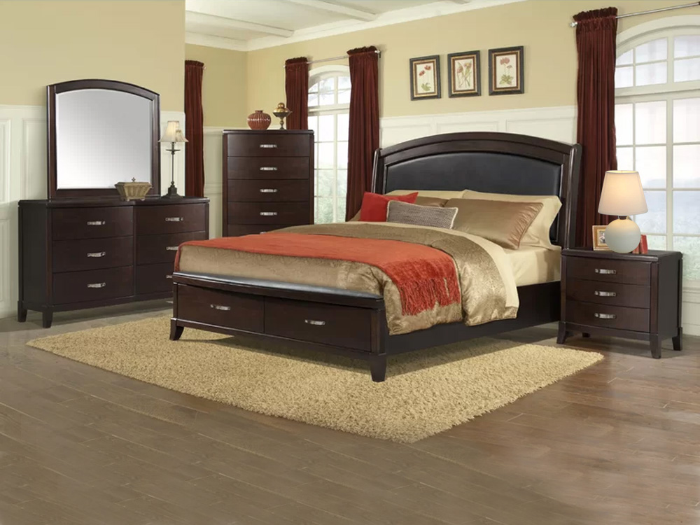 Emanuel Bedroom Furniture Set