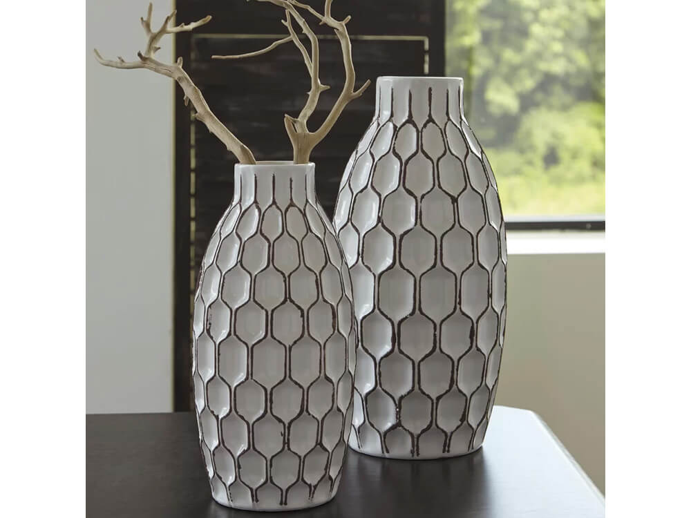 Rent Shrine 2 Piece Vase Set