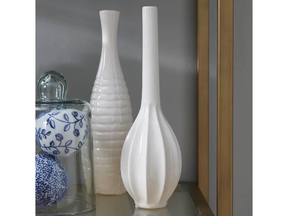 Rent White Bay Vase Set