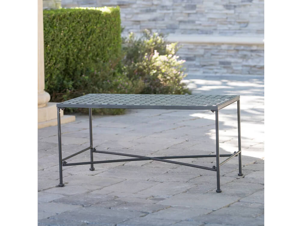 rent outdoor coffee table