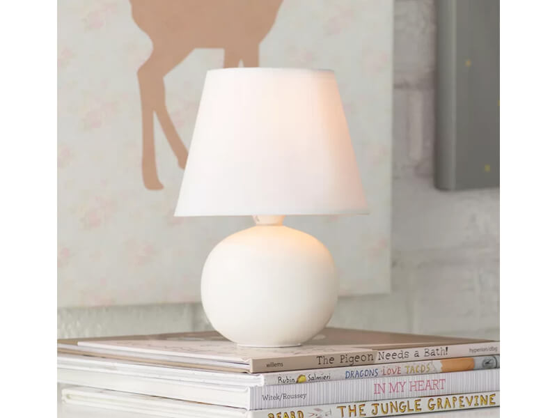 White Jameson Table Lamp 4