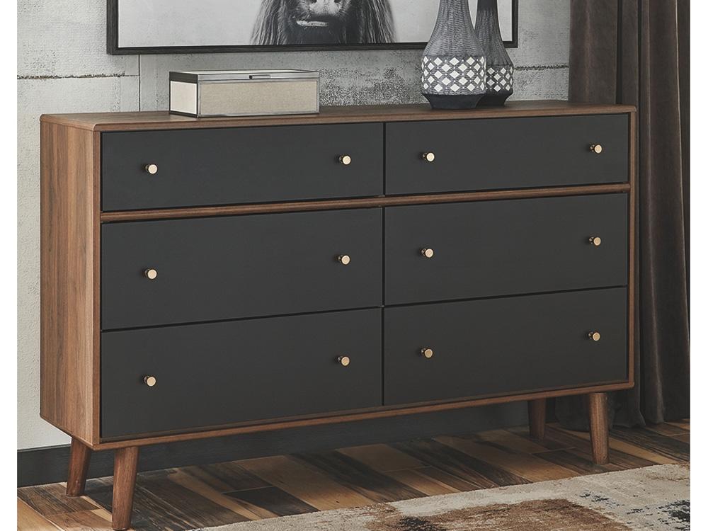 rent Monroe II Dresser
