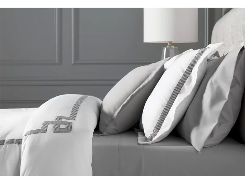 Queen White BrynMawr Sheet Set 2