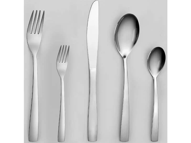 Revol Dinnerware Set 2