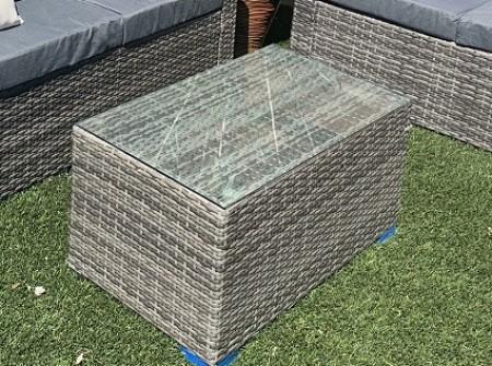rent-patio-outdoor-coffee-table-oak-park-1559072756