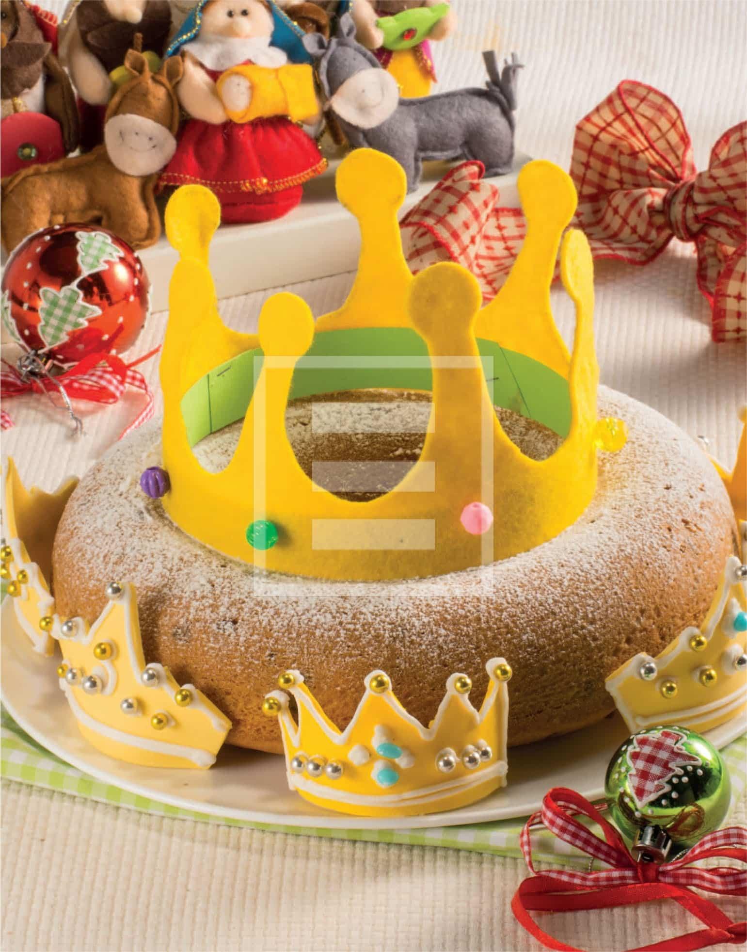 Ciambella con corona, la torta per giocare con i bambini