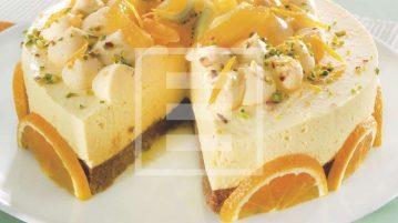 Cheesecake all'arancia: ricetta illustrata di un dessert di grande effetto