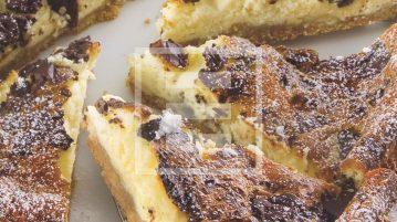Cheesecake super ghiotto alle pesche e cioccolato fondente ricetta