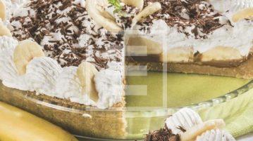 Banoffee pie: ricetta della torta banane, dulche de leche e panna