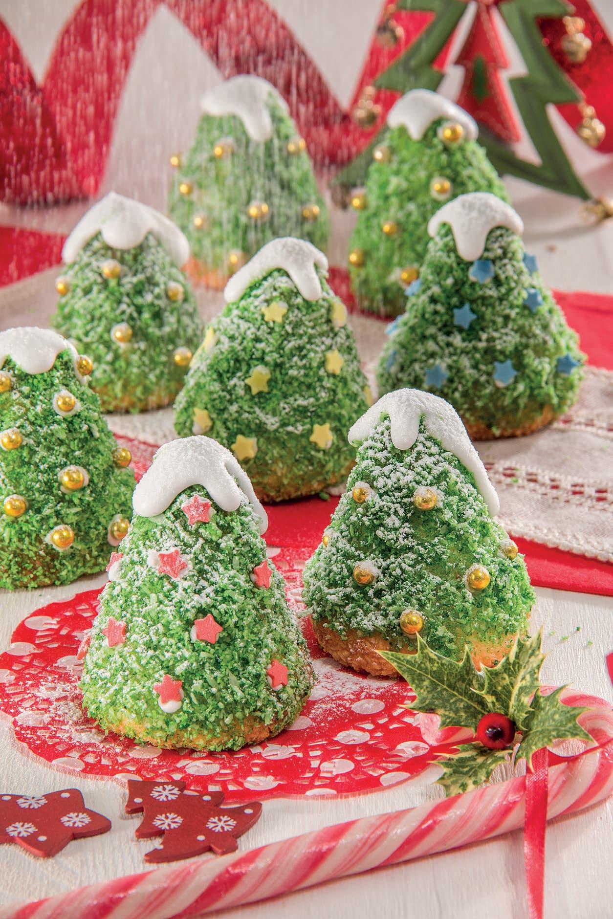 Dolce Di Natale Albero.Alberi Di Natale Con Base Di Pasticcini Al Cocco Magpedia