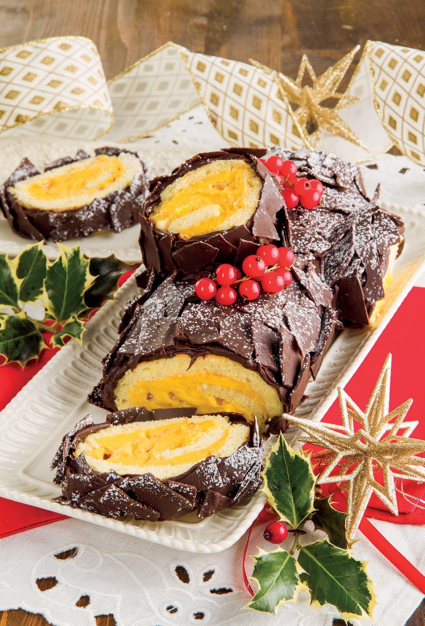 Ricetta Tronchetto Di Natale Per 10 Persone.Tronchetto Di Natale Con Crema Di Torrone E Cioccolato Croccante