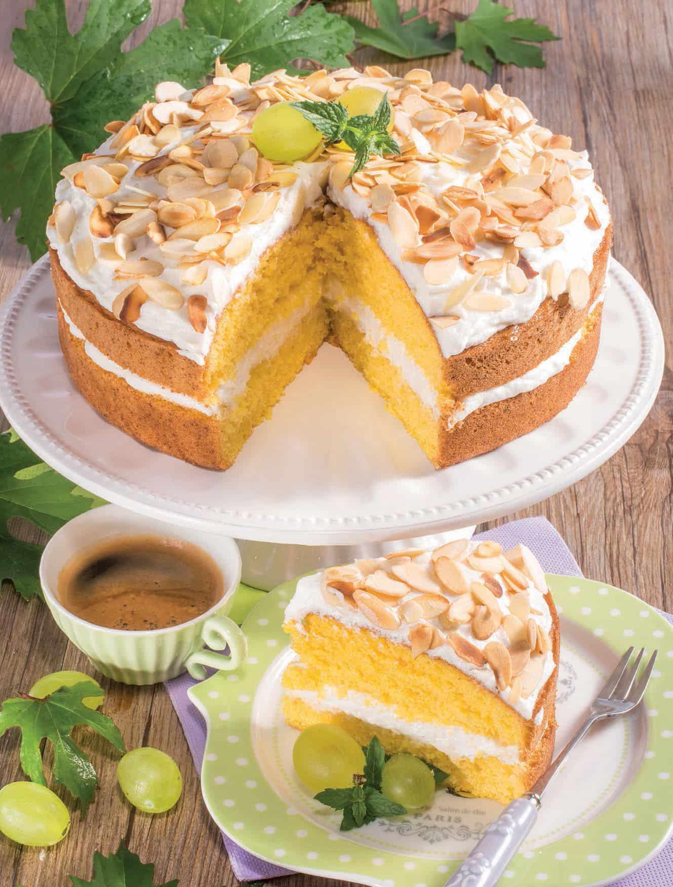 Torta Con Crema Di Ricotta E Panna E Mandorle Ricetta Senza Glutine