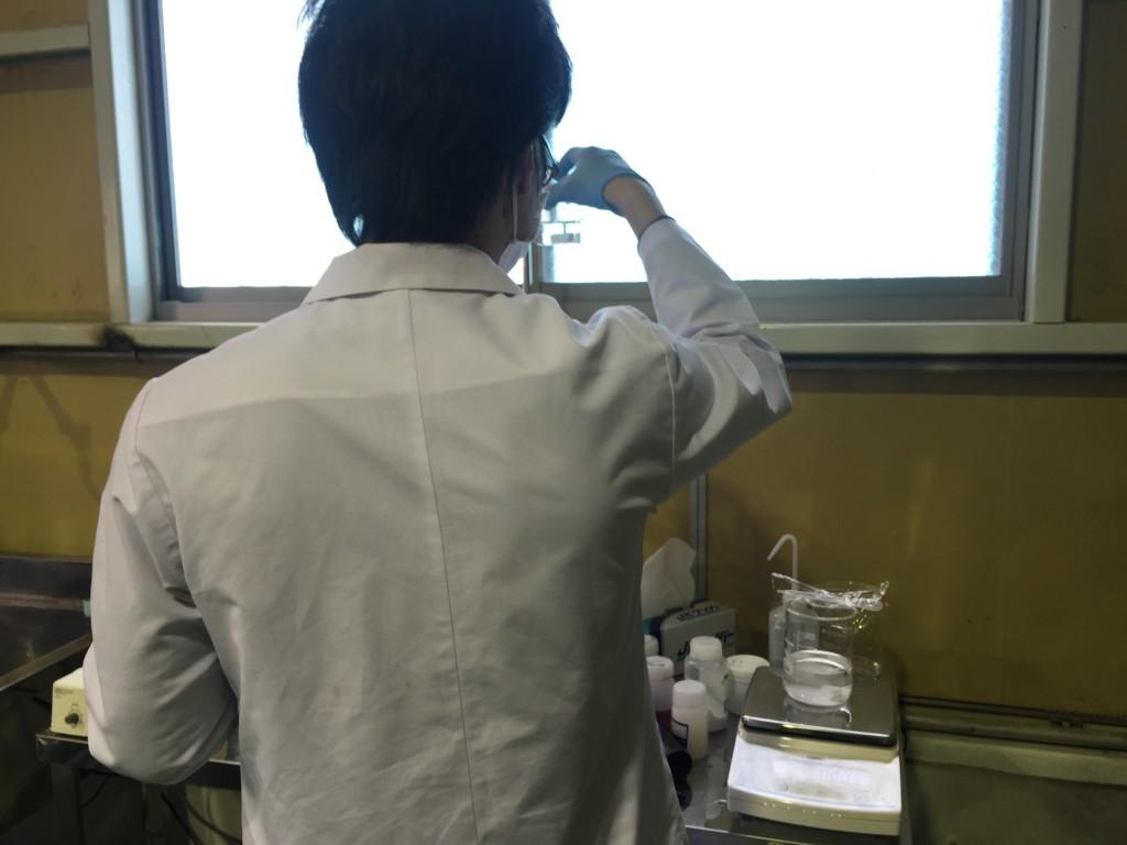 実験中のTAGOさん