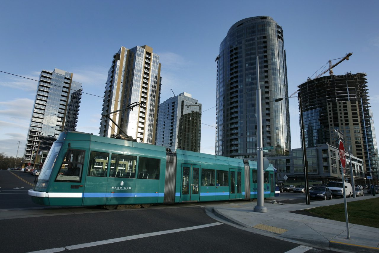 Streetcar 006 in South Waterfront