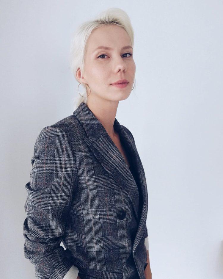 Elizabeth Zümrüt