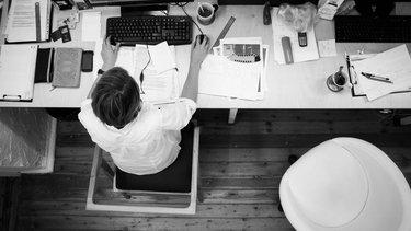 Jak napisać CV na praktyki?