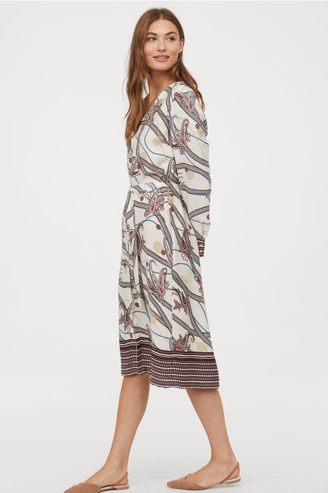 OOTD - How to Style your H&M-Dress with Belt - Cream/paisley