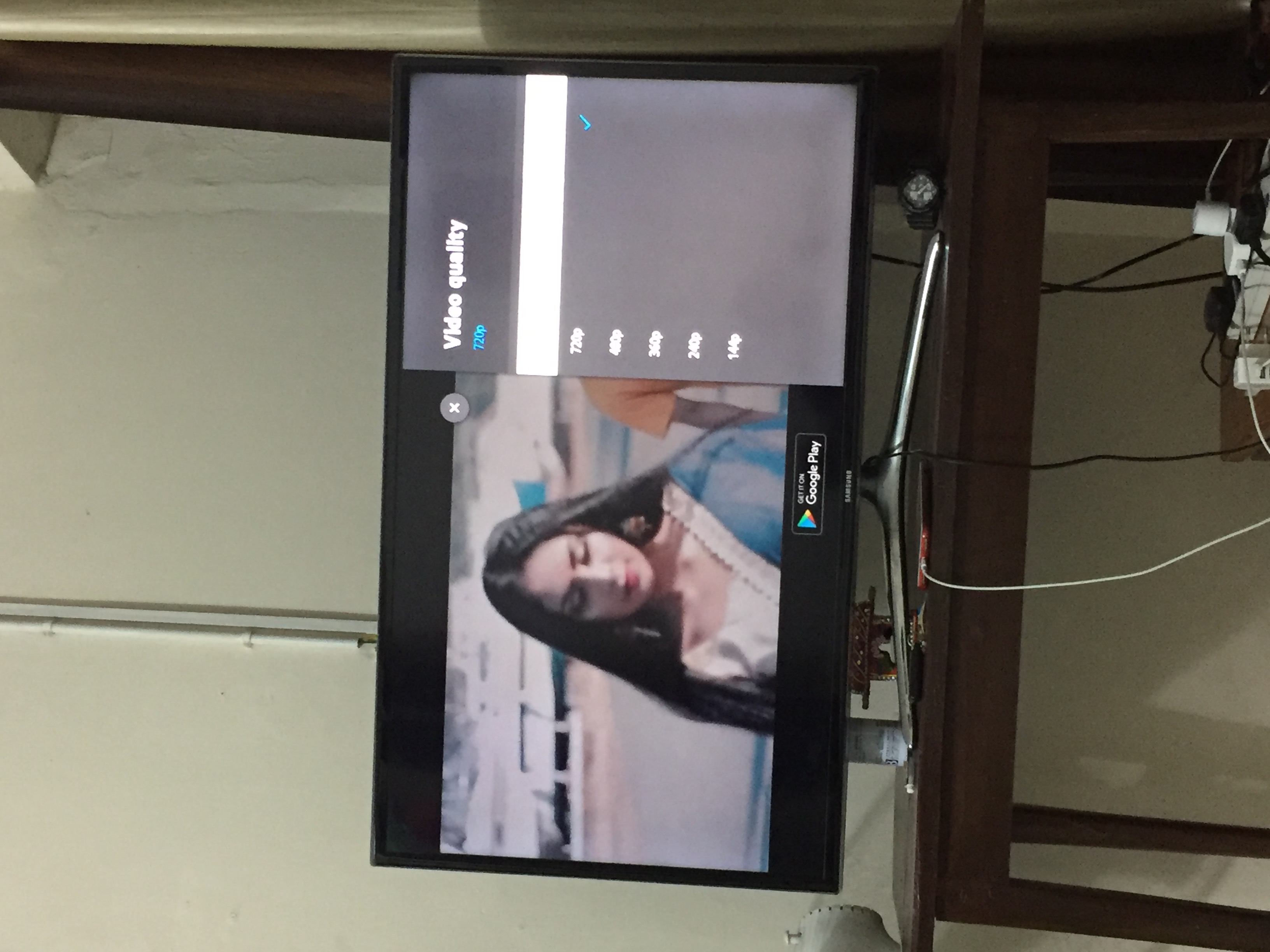 Samsung HD LED UA40F6400 tv YouTube app only plays videos at