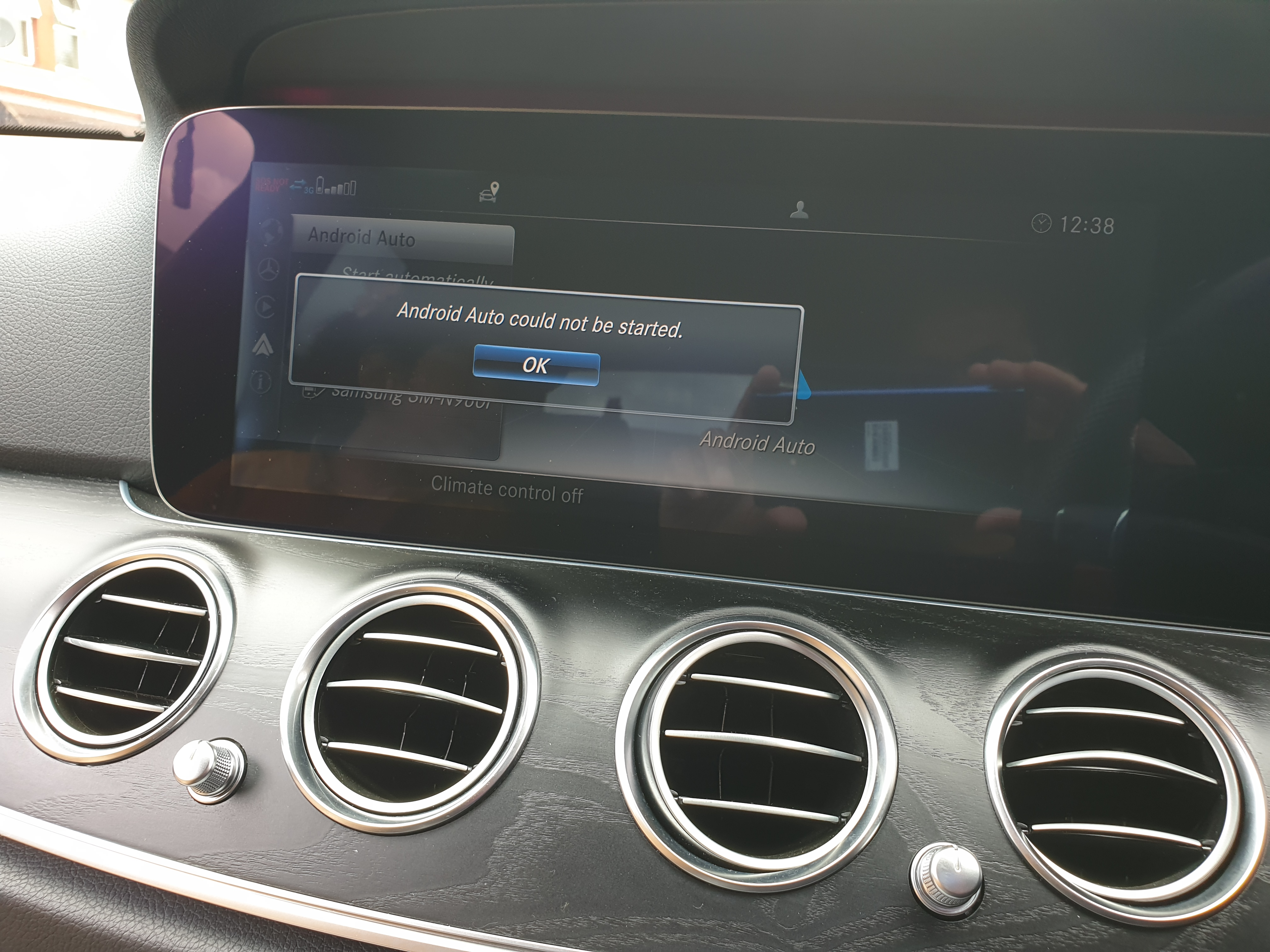 Android auto is not working, i have Samsung 9, whenever i
