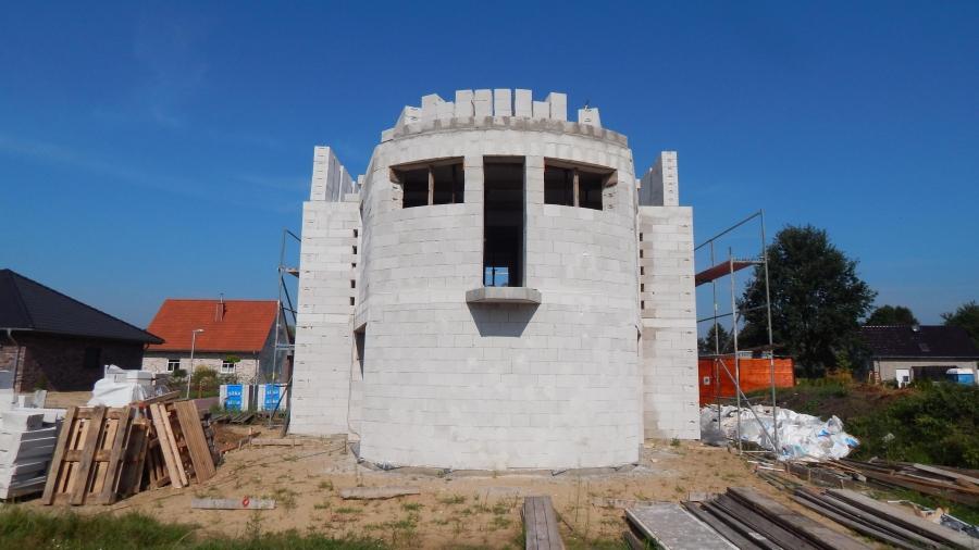 Humanic Houses - Materiál a střecha