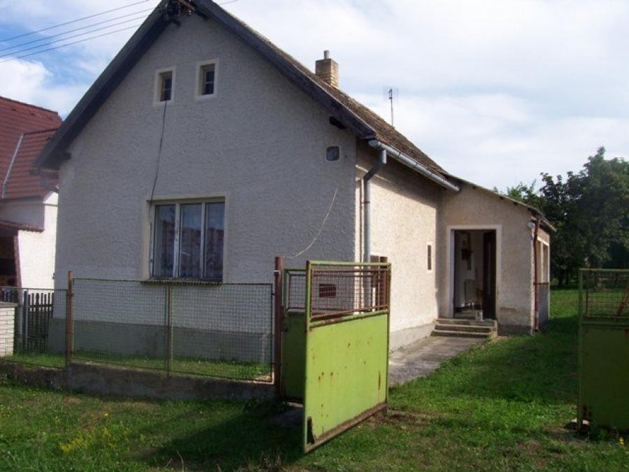 Dům, který jsme koupili a fotografie projektu na jeho úpravu