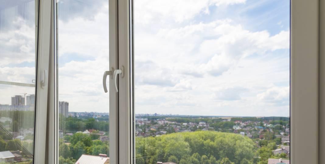 Okna a dveře - Ošetření připojovací spáry u oken