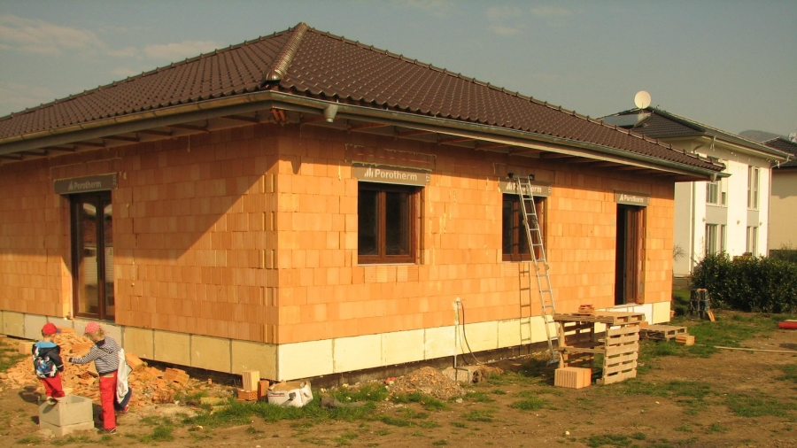 Instalace oken, vodoinstalace a elektroinstalace