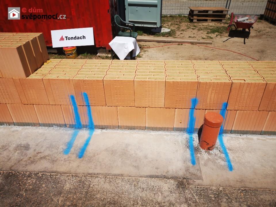 Založení zdiva a zdění obvodových zdí Porotherm TS a T Profi