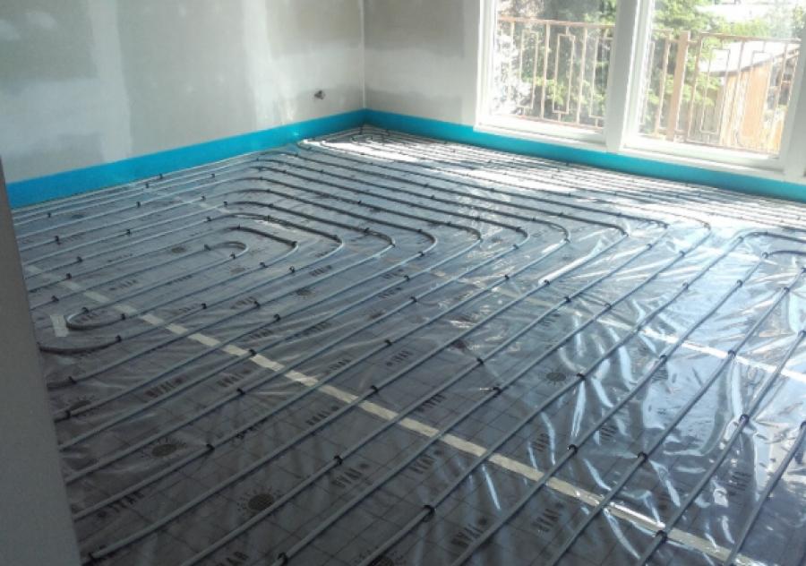Tepelné čerpadlo a podlahové topení