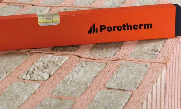 Porotherm T Profi – Řešení nedostatku materiálu pro zateplení bez velkých změn v projektu