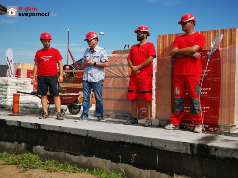1. Workshop – Zakládání broušeného zdiva Porotherm a zdění na pěnu Dryfix