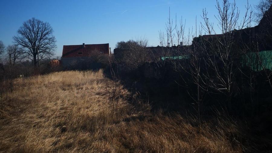 Koupě pozemku a elektropřípojka