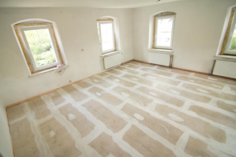 Jak na izolaci podlah? Realizujte je s podsypem z Liaporu