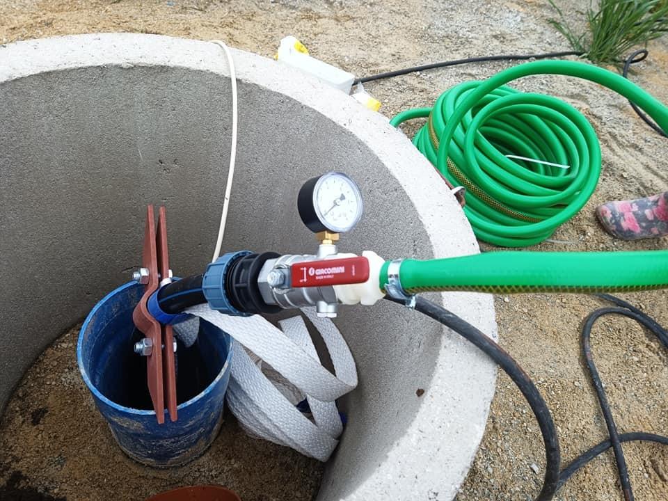 Vrtání studny před započetím stavby - 28.8.2020