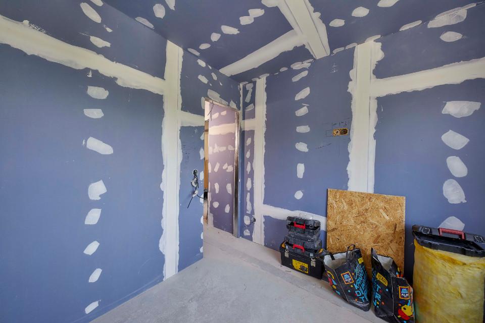 Jak na odhlučnění stěn a stropů