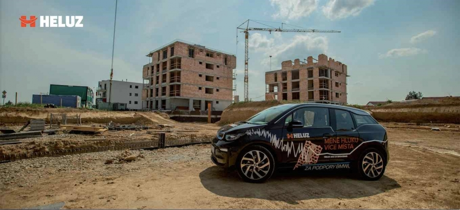 FOR ARCH 2018: HELUZ - BMWi mezi cihlami